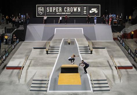 street-league-skateboardingleticia_ollie