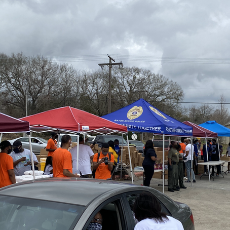 Our first sober Saturday in BR was a big hit! Over 800 people served.
