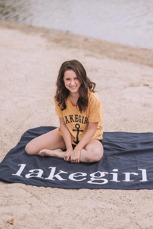 Lakegirl Sweatshirt Blanket in Navy