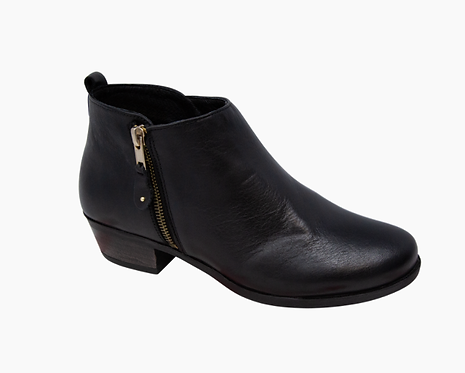 Eric Michael London Boot in Black
