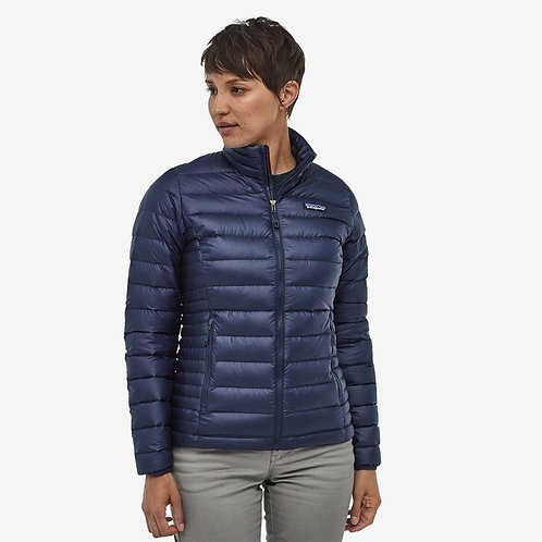 Patagonia - W's Down Sweater Jacket in Classic Navy