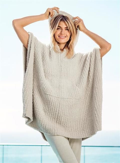 Barefoot Dreams Ribbed Cozy in Almond