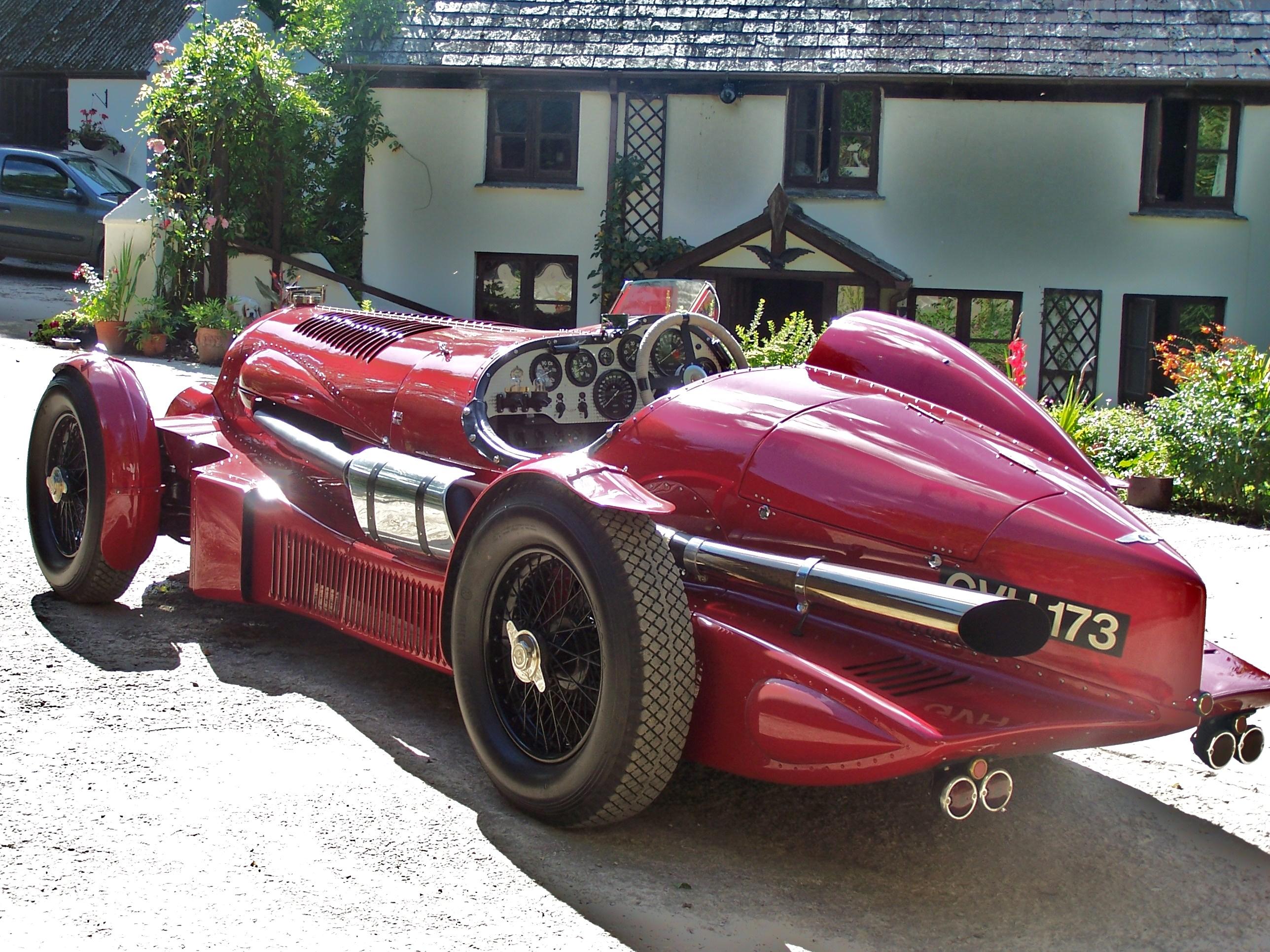Petersen Road Racer