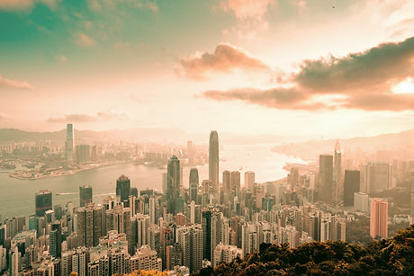 A%2520morning%2520view%2520of%2520hongkong%2520skyline%2520from%2520the%2520peak_edited_edited.jpg