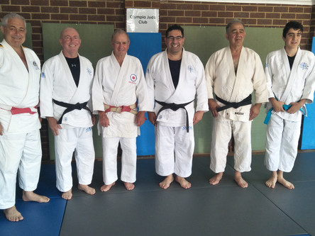 Senior black belt awarded to Stephanos