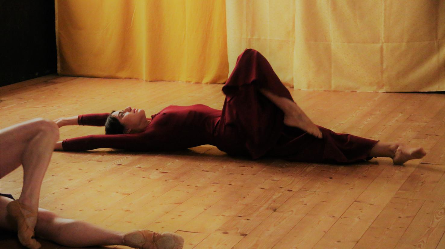 """Altrove"", contemporary dance piece with the dancer and coreographer Claudia Semplici"