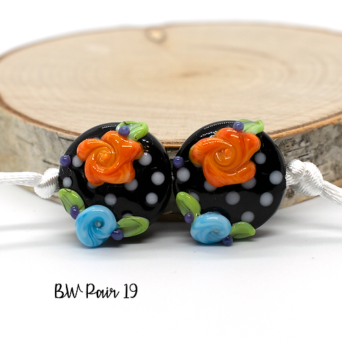 Floral Black & White Dotted Lampwork Bead Pair 19