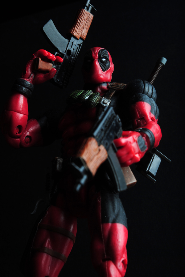 M - DeadpoolE