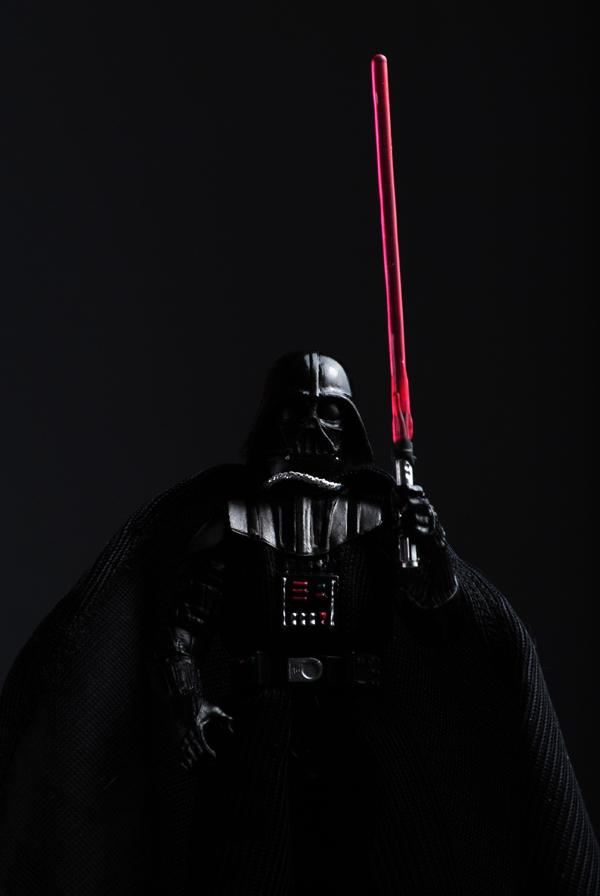 SW - Vader w LSaberE