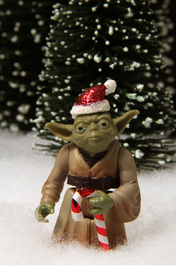 Christmas Guys - Yoda Claws