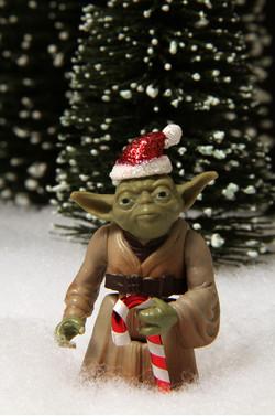 Christmas Guys - Yoda Claws