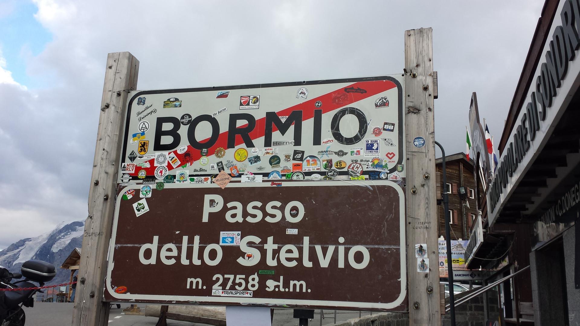 Stelvio-2016-10.jpg