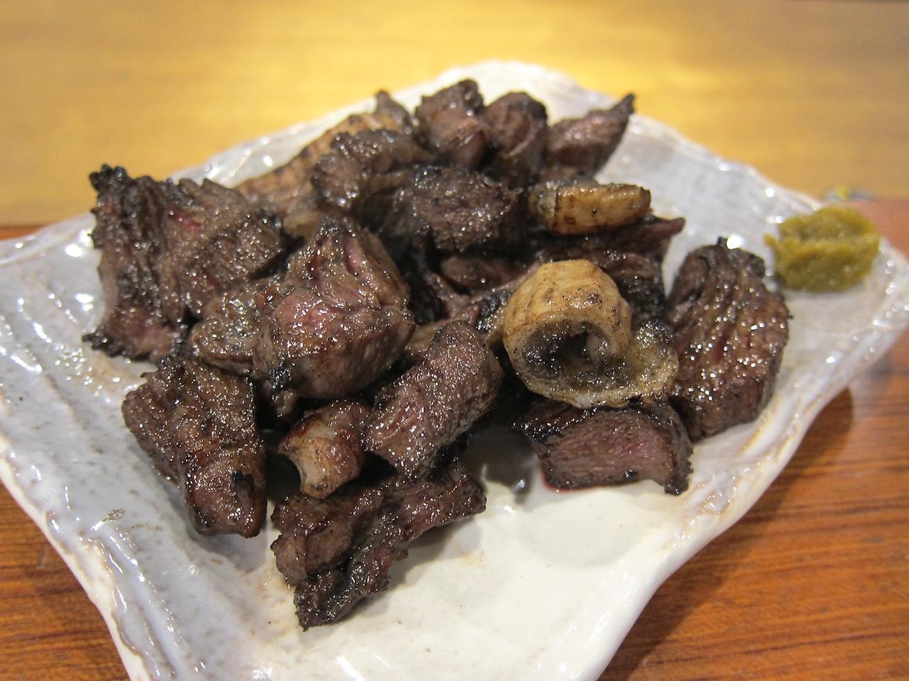 牛たんホルモン黒焼き 980
