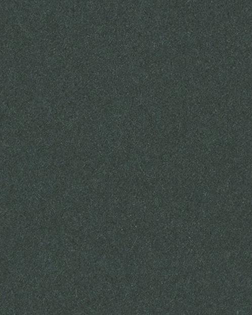 B305 Картон д/паспарту НЕОПРОФИ, 81x102см, 1.3мм (Вечно-зелёный)