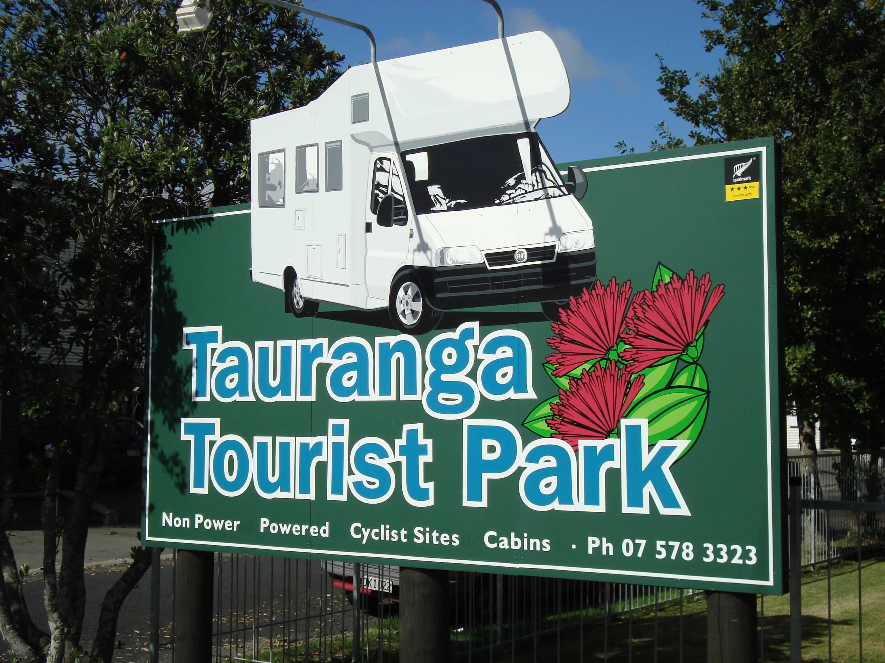 Tauranga Tourist Park Main Entry Sign