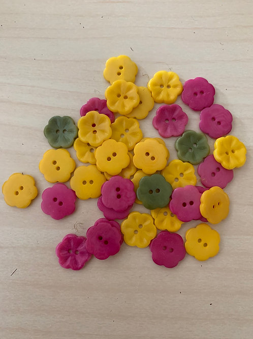 Tiny Corozo Flower Buttons