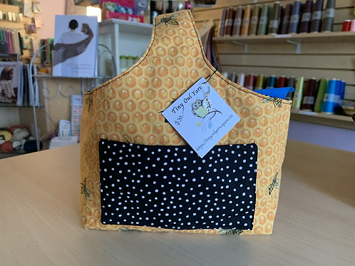 "Tiny Owl Yarns Projects Bag ""Honey Bees"""
