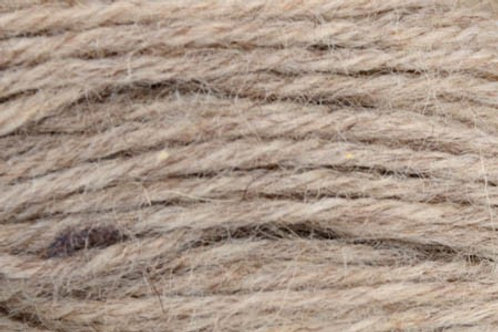 """Universal Yarn Deluxe Worsted Naturals """"Musket"""" 40003"""