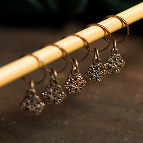 ADknits Snowflake Stitch Markers