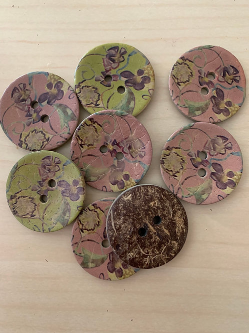 Floral Patterned Coconut Buttons