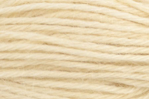 "Universal Yarn Deluxe Worsted Naturals ""Cream"""