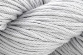 "Universal Cotton Supreme DK ""Silken"" 723"