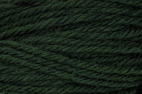 "Universal Yarn Deluxe Worsted ""Hunter Green"""