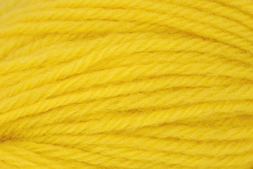 """Universal Yarn Deluxe Worsted """"Strip Light Yellow"""""""