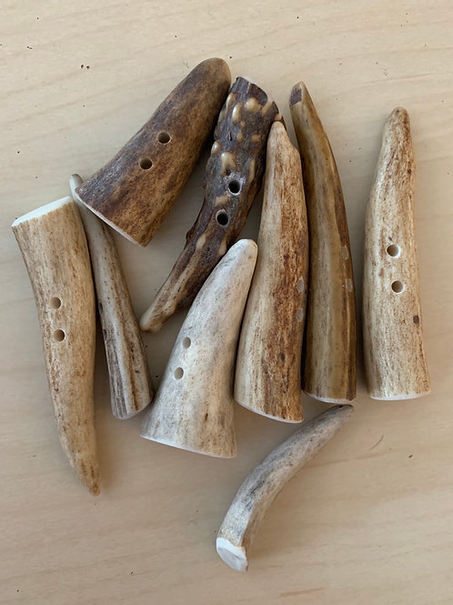 Favour Valley Antler Tip Toggles