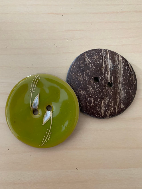 Large Coconut Button with Sprig