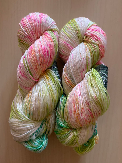 """Mountain Colors Silkdance """"Limeberry"""""""