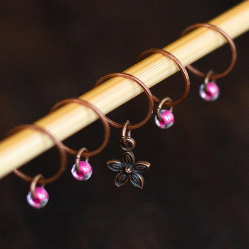 ADknits Pink Flower Stitch Markers