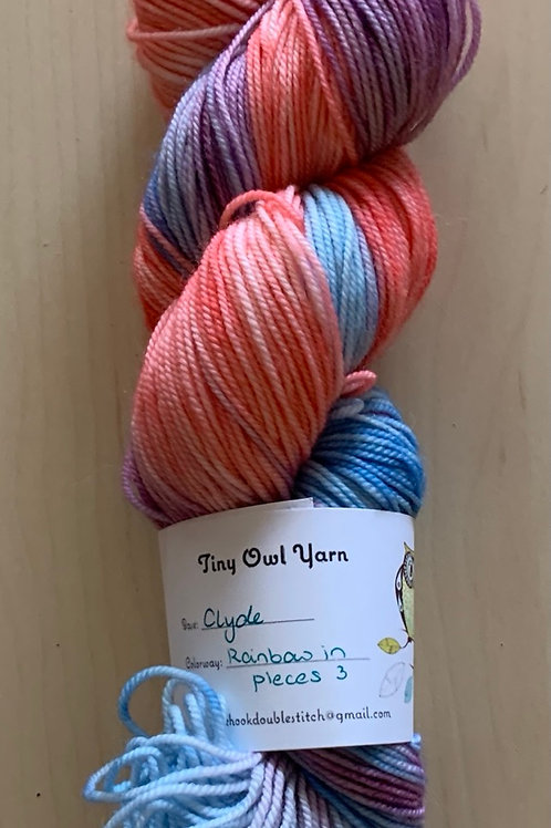 """Tiny Owl Yarns Clyde """"Rainbow in Pieces 3"""""""