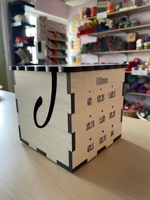 7th Floor Yarn Yarn Box with Lid