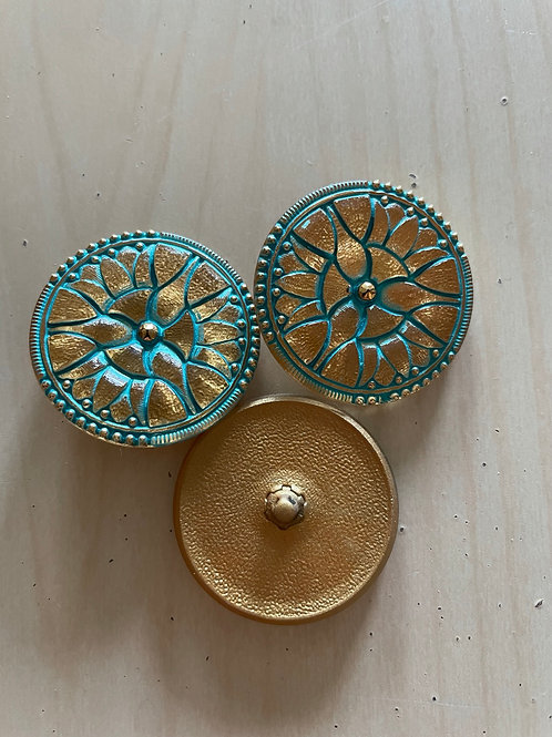 Nirvana Glass Buttons Gold with a Tiffany Wash