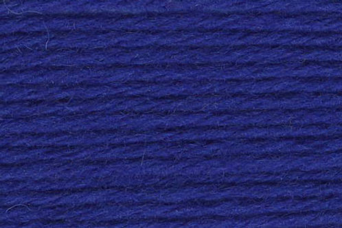 "Universal Yarn Deluxe Worsted ""Cobalt"""
