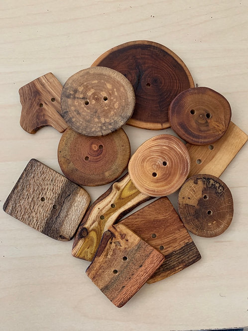 Favour Valley Loose Extra Large Wood Buttons