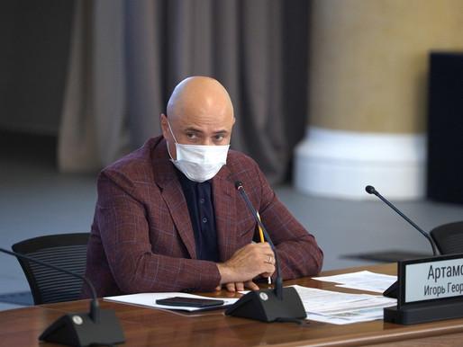 Игорь Артамонов обсудил с застройщиками планы по вводу жилья