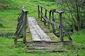 bridge-2769777_1920.jpg