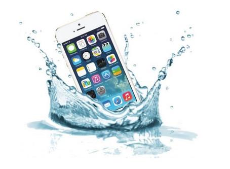 BEST WAY TO HANDLE WATER DAMAGED iPHONES