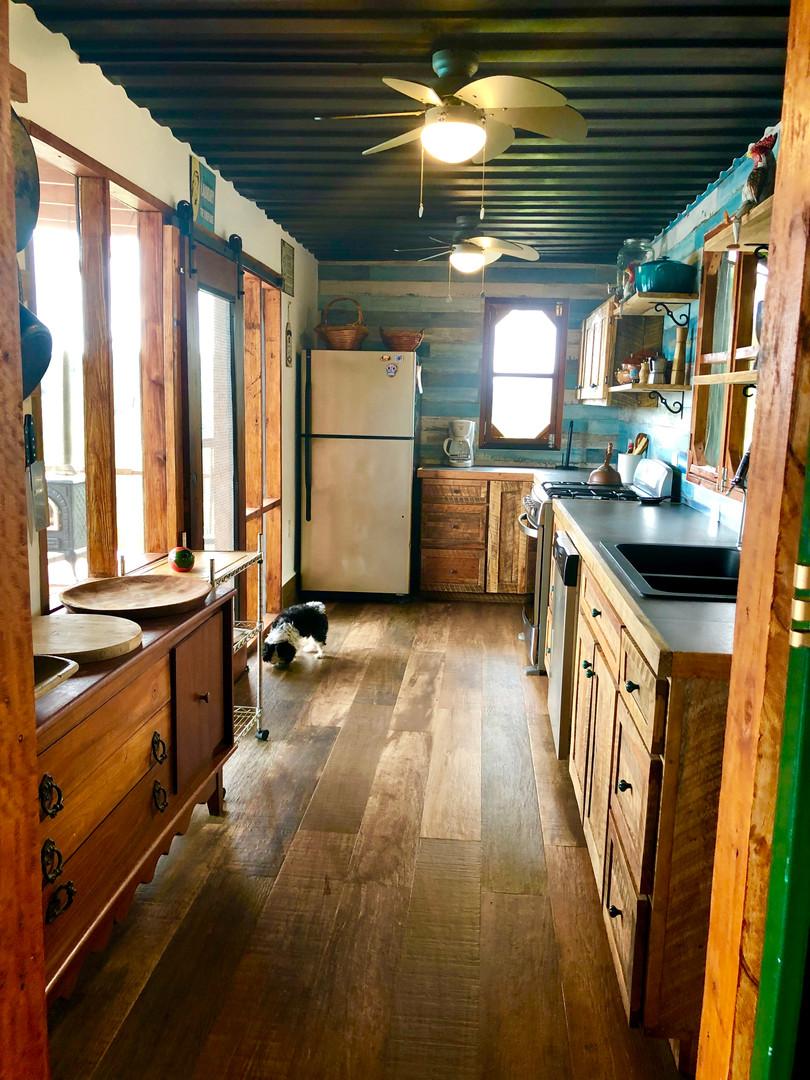 Jungle Kitchen Container