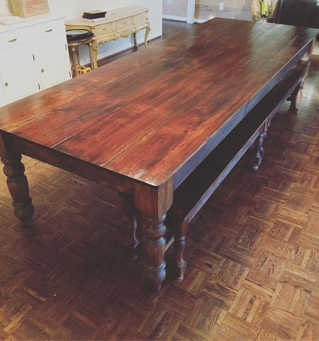 Big and Beautiful 😍😍😍 #turnedlegs #reclaimedwood #farmhousetable #farmhousestyle