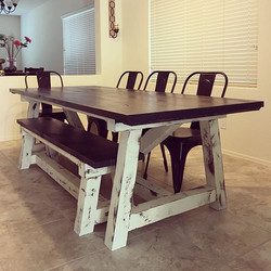 Love this table and bench we delivered today! #rustic #farmhousetable #farmhousestyle #farmhousedeco