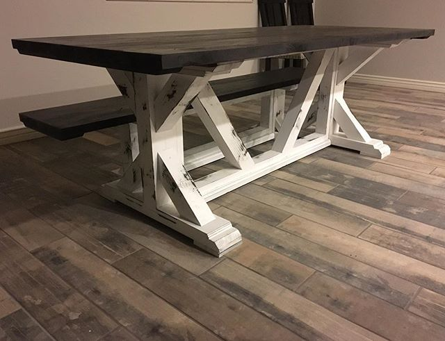 Ebony top #minwax #ebony #farmhousestyle #farmhousetable #phoenix #supportlocal