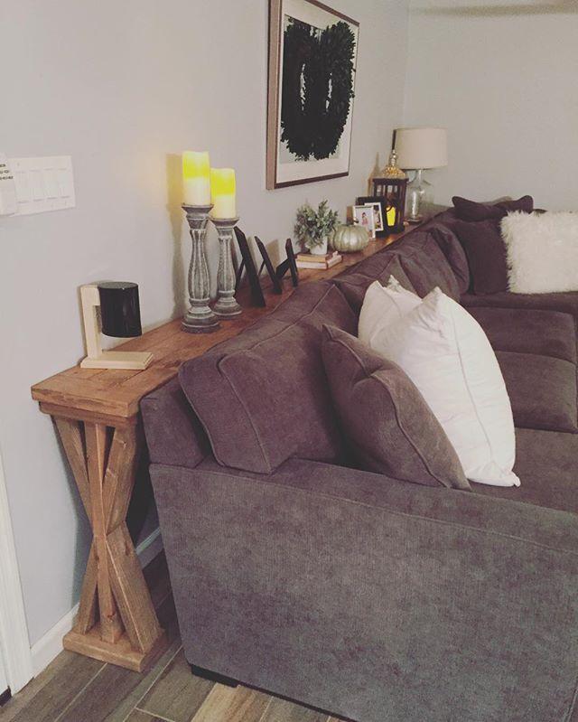 Gorgeous sofa table 🙌🏻 #farmhousestyle #rustic #sofatable #phoenix #supportlocal
