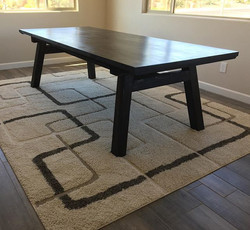 Love this unique and modern style! #farmhousetable #farmhousedecor #farmhousestyle #supportlocalphx