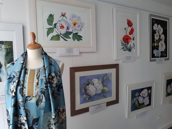 De Pied En Cap, Boutique Vêtements Femmes et Hommes, mais aussi lieu d'Expositions d'artiste