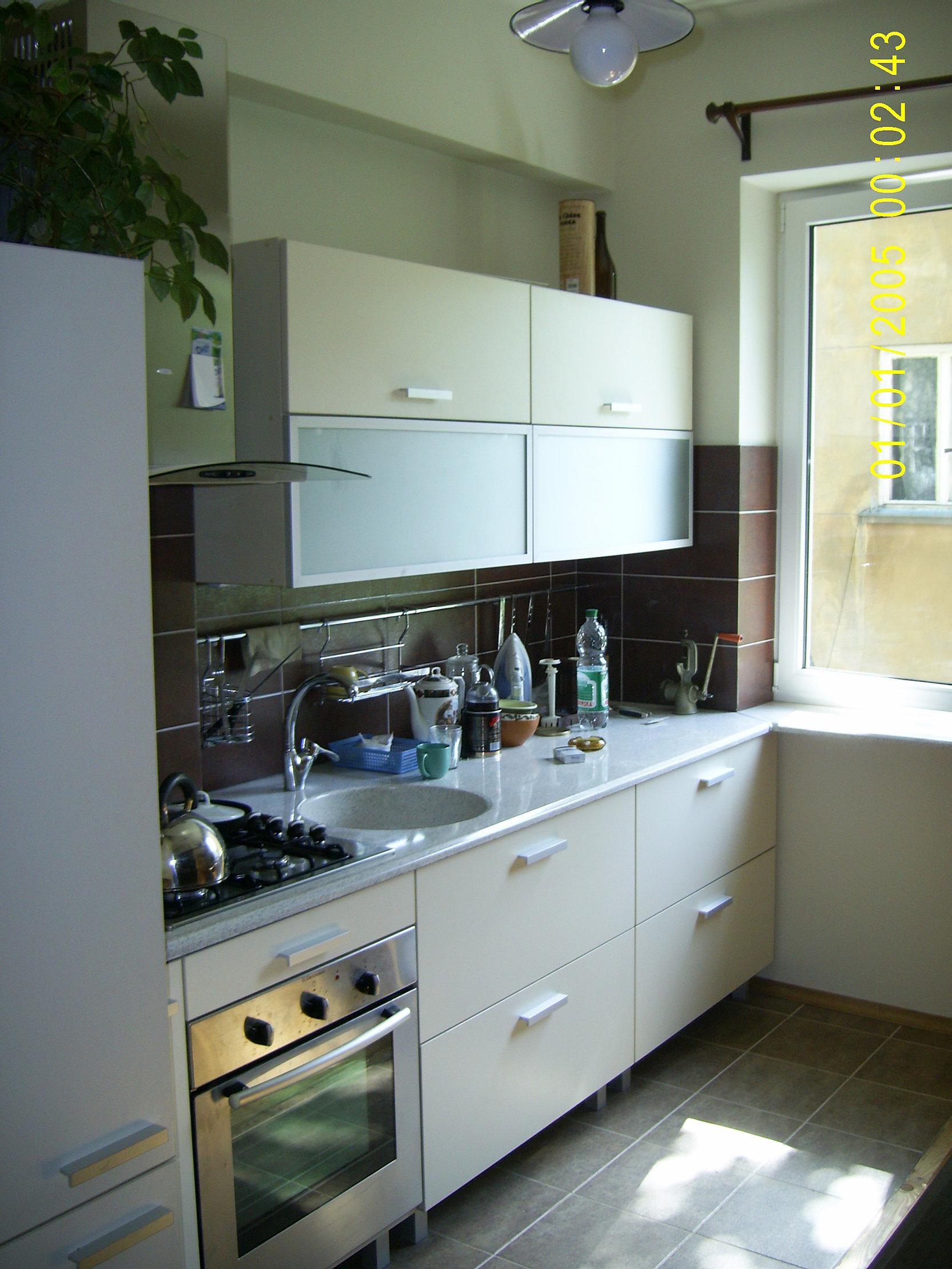Kitchen renovation | Assembly | CustomKitchenMaster.ca
