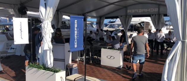 Schaefer Yachts dá show em vendas no Miami International Boat Show
