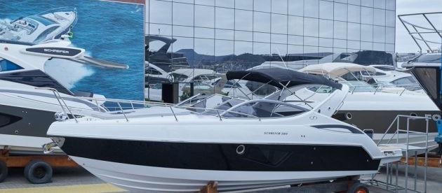 Schaefer Yachts exporta lancha de 30 pés para Osaka, no Japão.